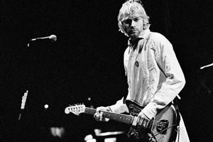 Фанат группы Nirvana обнаружил сходство гитары Курта Кобейна и музыканта из The Cliff Richard Band