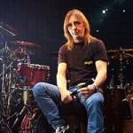 Барабанщик AC/DC обвинялся в попытке организации убийства