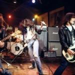 Гитара Джонни Рамона была продана почти за 72 тысячи долларов