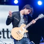 Гитарист Radiohead Джонни Гринвуд станет одним из авторов новой книги о «музыкальных прозрениях»