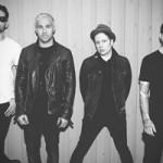 Fall Out Boy поработали вместе со Стивом Аоки