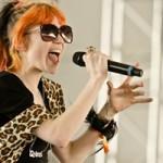 Grimes выпустила 6-минутное видео на трек Flesh Without Blood/ Life In The Vivid Dream