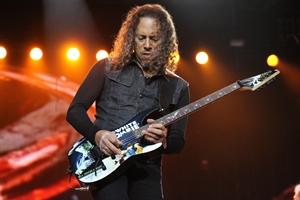 Участники группы Metallica записывают новые песни