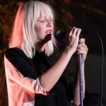 Новый альбом певицы Sia лидирует в альбомном чарте российского iTunes