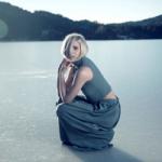 Aurora выпустила сингл Winter Bird