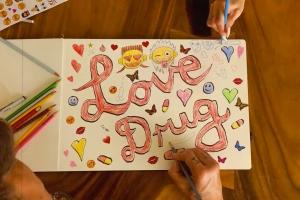 Die Antwoord выпустили лирик-видео на новый сингл Love Drug