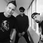 Blink-182 презентовали самый «личный и честный» в карьере клип Home Is Such A Lonely Place