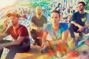 Coldplay презентовали лирик-видео на сингл Miracles (Someone Special)