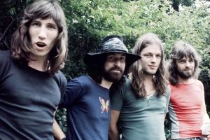 ВКонтакте ввел ограничения на прослушивание песен Pink Floyd