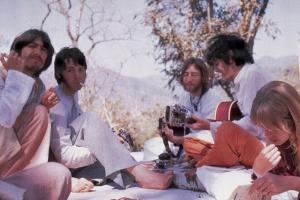 В этом году выйдет документальный фильм о поездке The Beatles в Индию