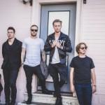 OneRepublic представили лирик-видео на новую песню Connection