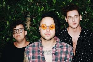 lovelytheband опубликовали в сети свой новый альбом
